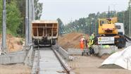 Tramvaja līnijas būvniecība rit pilnā sparā